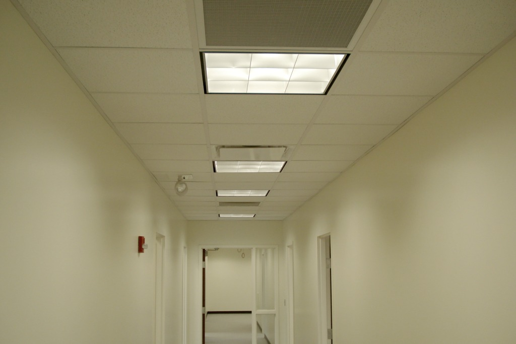 Ceiling tile layout